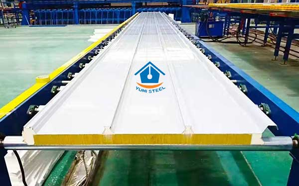 Roof insulation sandwich panel for solar photovoltaic system